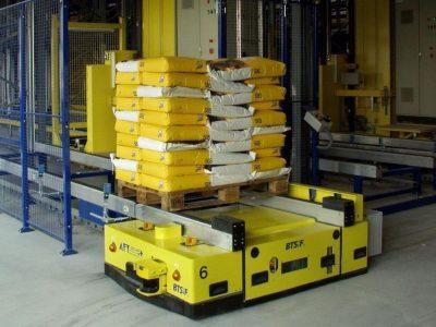Automated floor transport vehicle BTSif used to transport pallets